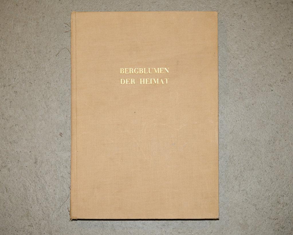 Book-02905.jpg